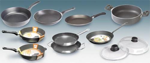 Какой половник для кухни выбрать: виды по назначению и материалам