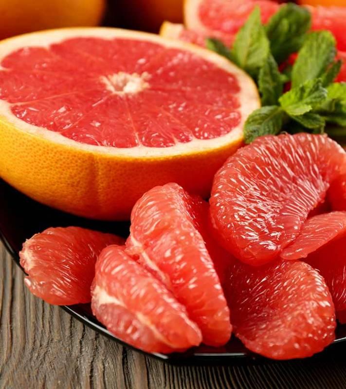 Полезные свойства и противопоказания грейпфрута. интересные факты о «цитрусе с горчинкой»