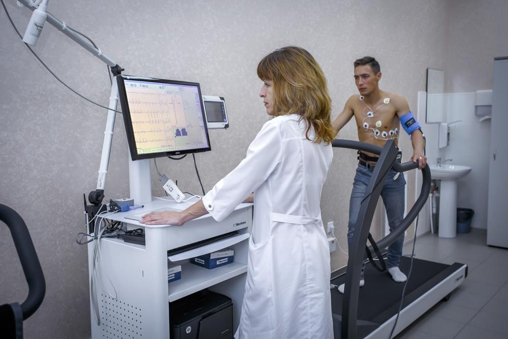 Тредмил-тест: показания к процедуре и техника ее выполнения