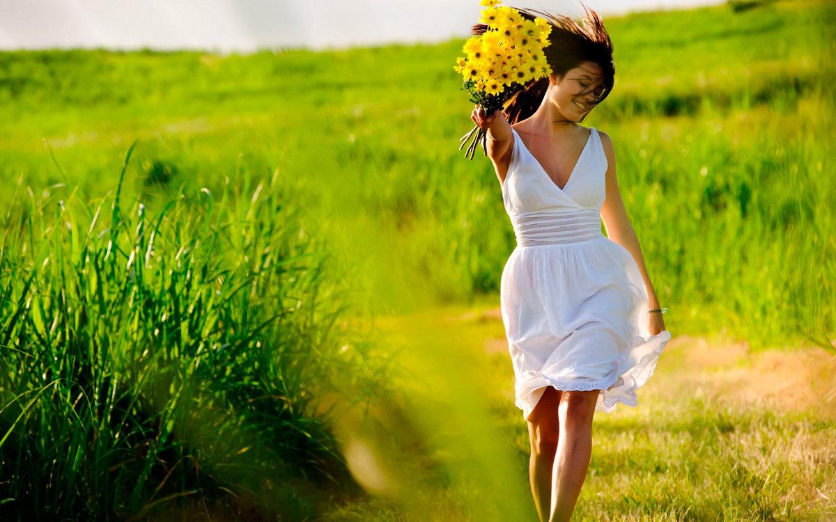 """Мой спатифиллум цветет почти круглый год и приносит """"женское счастье"""". и фишка - в правильном уходе весной"""