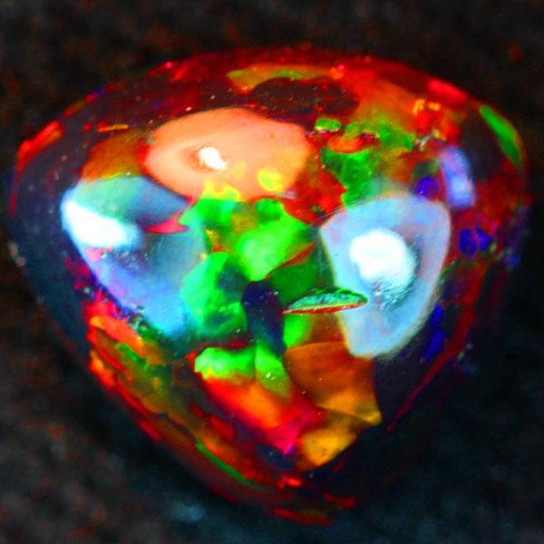Камень опал: магические свойства, кому подходит по знаку зодиака