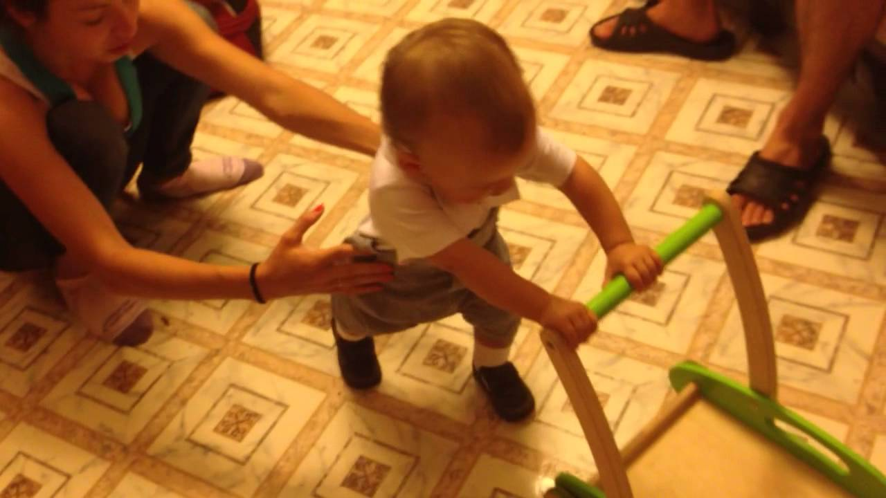 Обряд резать путы ребенку. молитва что ребенок начал ходить