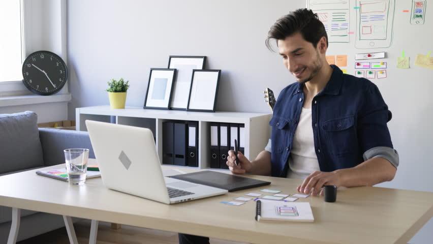 Графический, веб- или ux-дизайн: как выбрать своё направление —руководства на skillbox