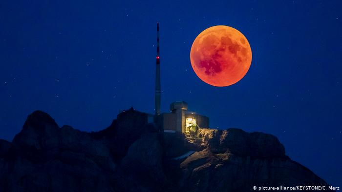Почему луна бывает красная? причины, фото и видео  - «как и почему»