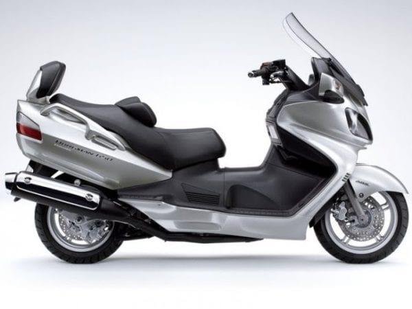 Что такое скутер и стоит ли его купить в россии