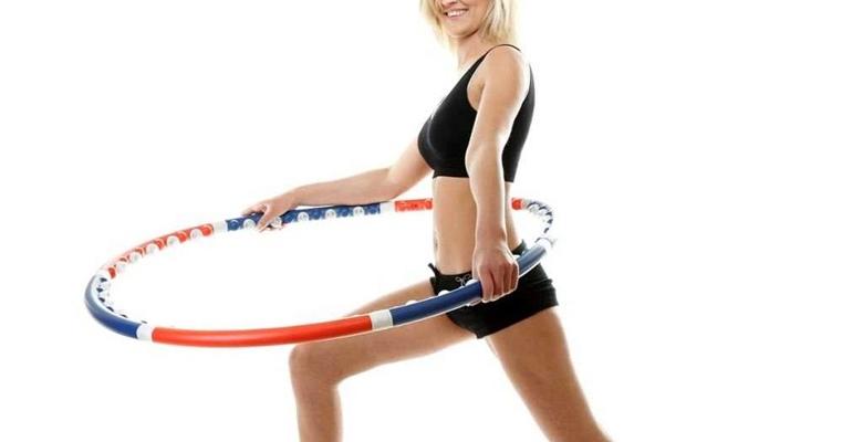 Как правильно выбрать хулахуп для похудения - какой выбрать по весу и росту, как крутить?