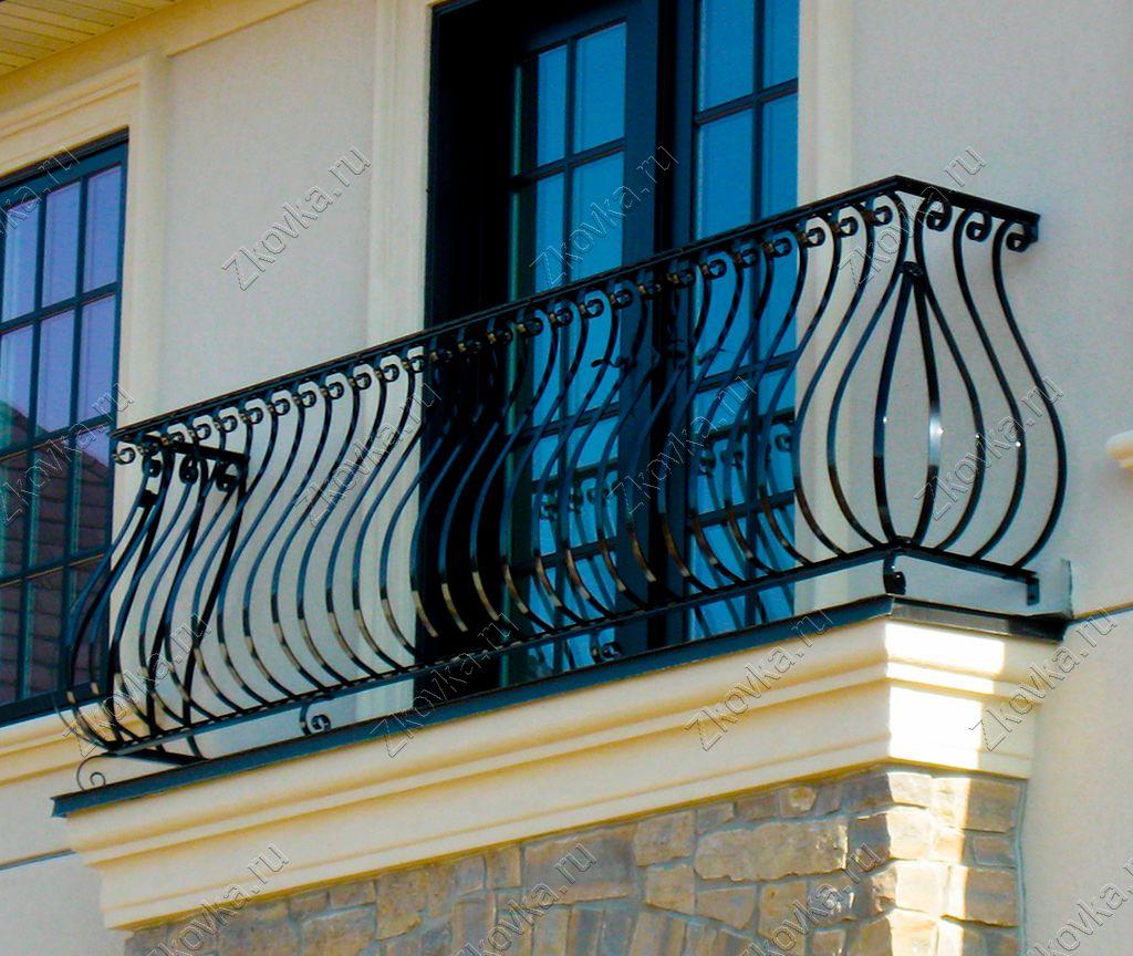 Французское остекление балкона, плюсы и минусы французского остекления, варианты французского остекления балкона