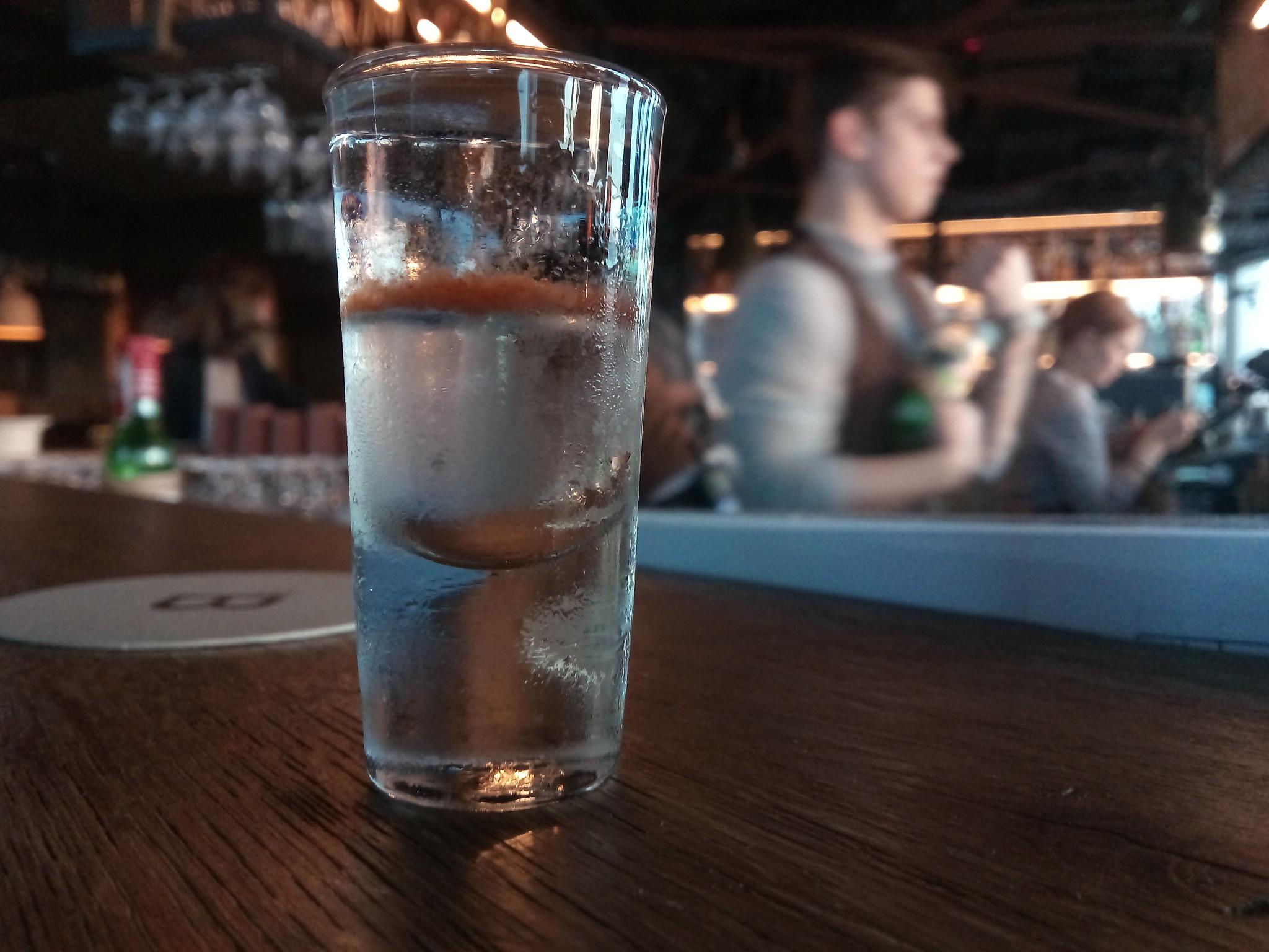 Самбука: что это такое и как ее правильно пить