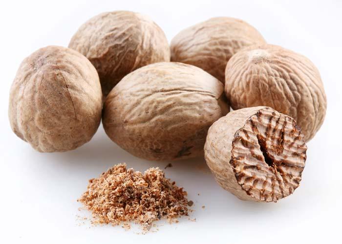 Мускатный орех: что это такое, как выглядит и где растет, как вырастить дома в россии, вкус растения, когда созревает, как цветет дерево, срок годности целого