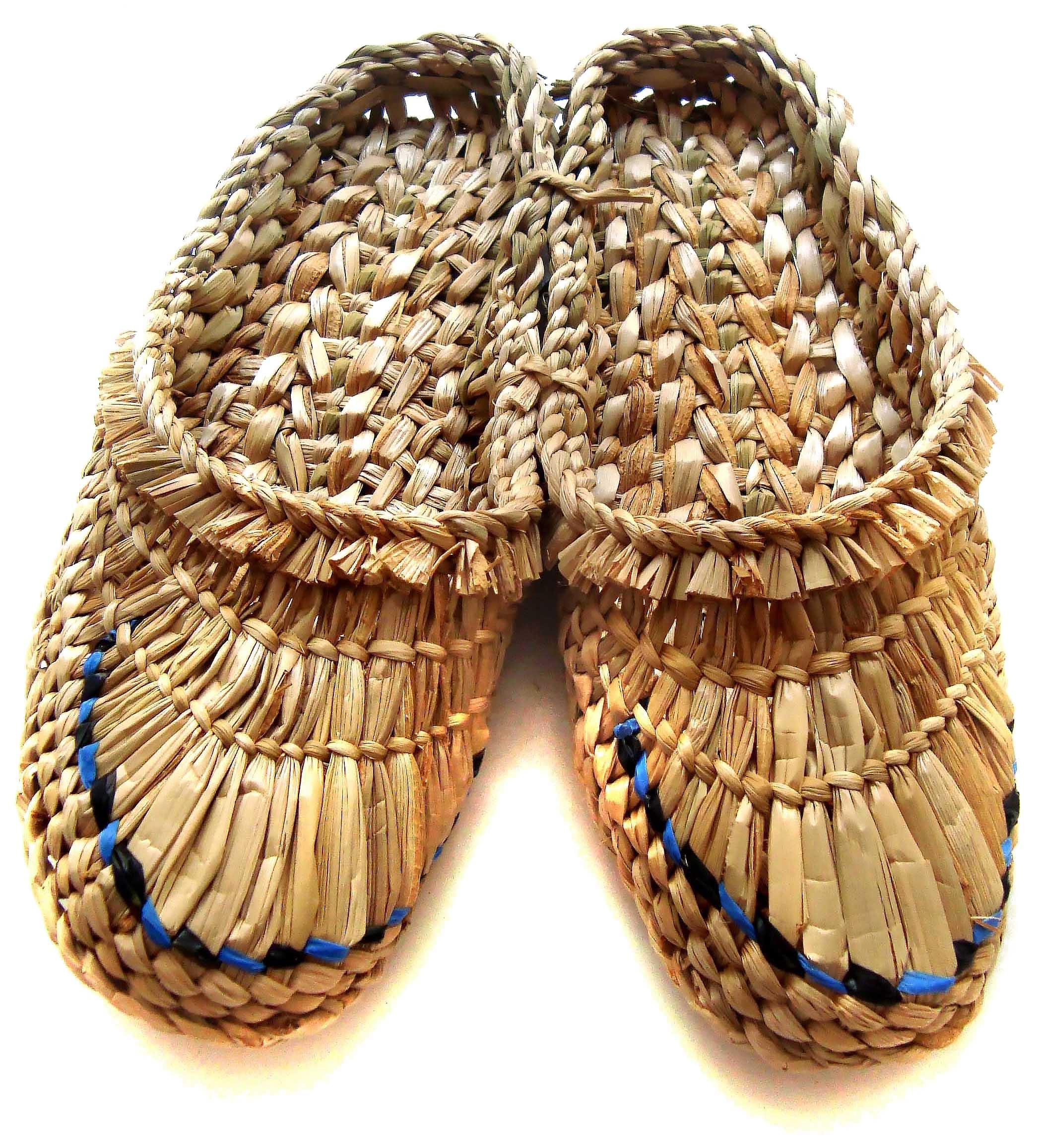История появления лаптей — что это такое, как и из чего плелась обувь