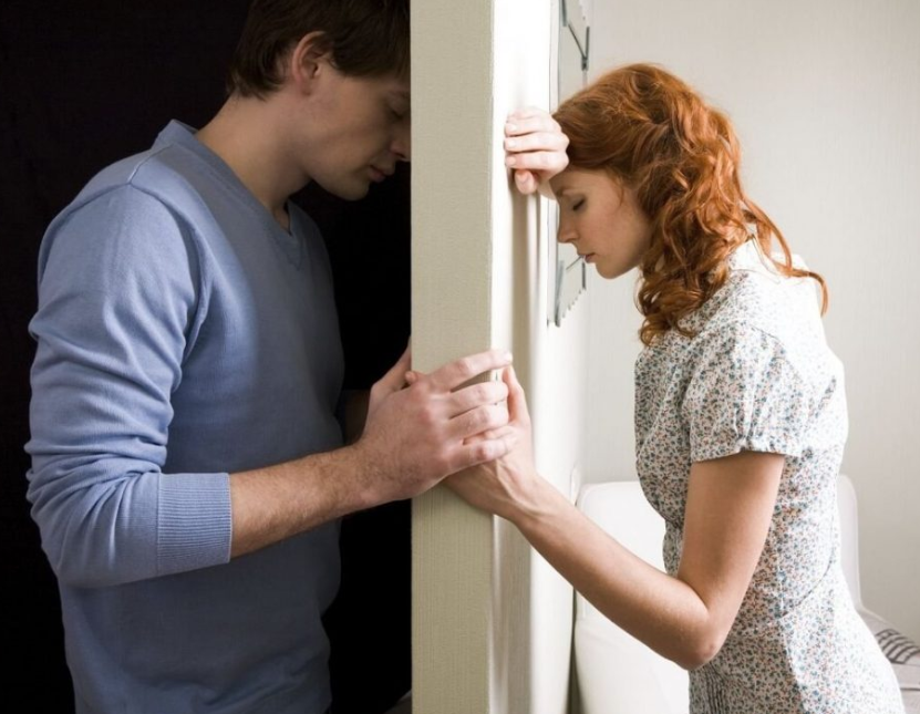 Полигамия и моногамия: основные виды, за и против полигамных и моногамных отношений, можно ли изменить точку зрения.