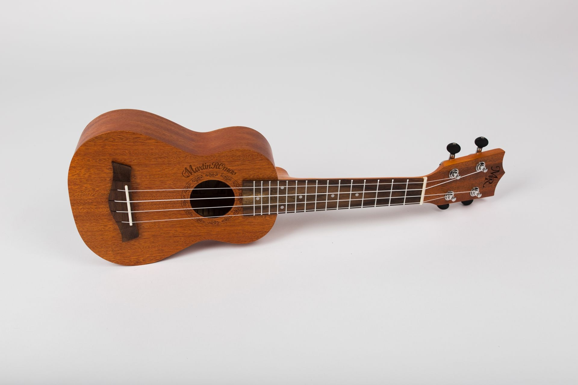 Как играть на укулеле - wikihow