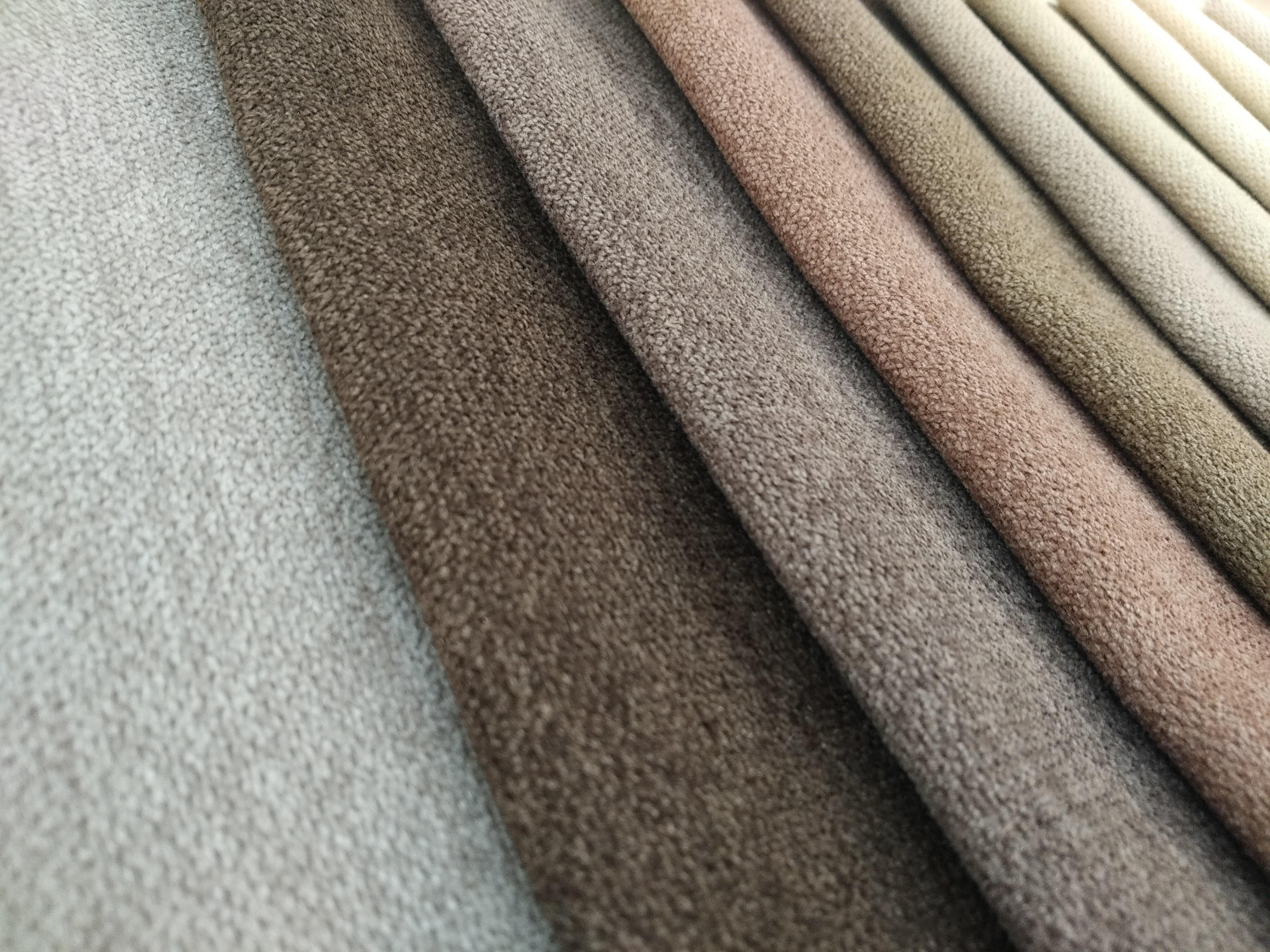 Характеристика мебельных тканей: шенилл, микровелюр, флок, рогожка - свойства и обзор
