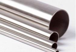 Сравните мартенсит в стали и мартенсит в титановых сплавах