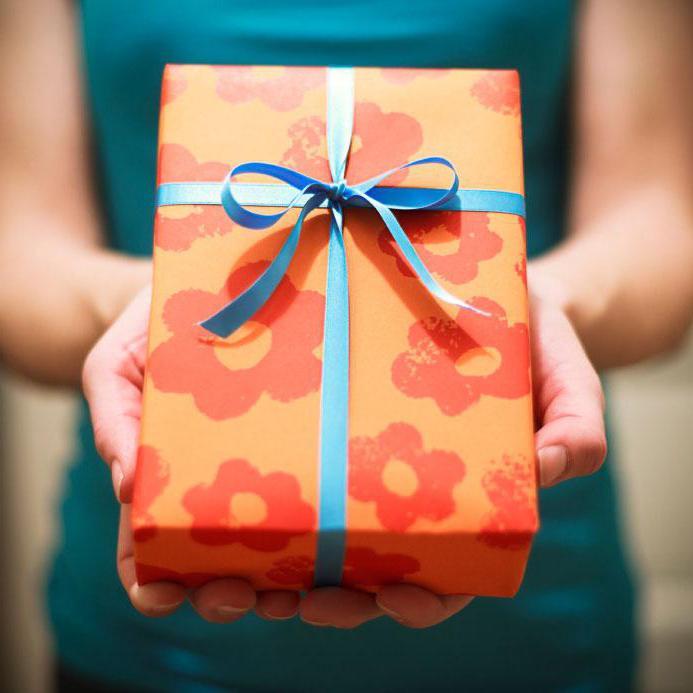 10 подарков, которые понравятся каждому: для тех, у кого нет идей
