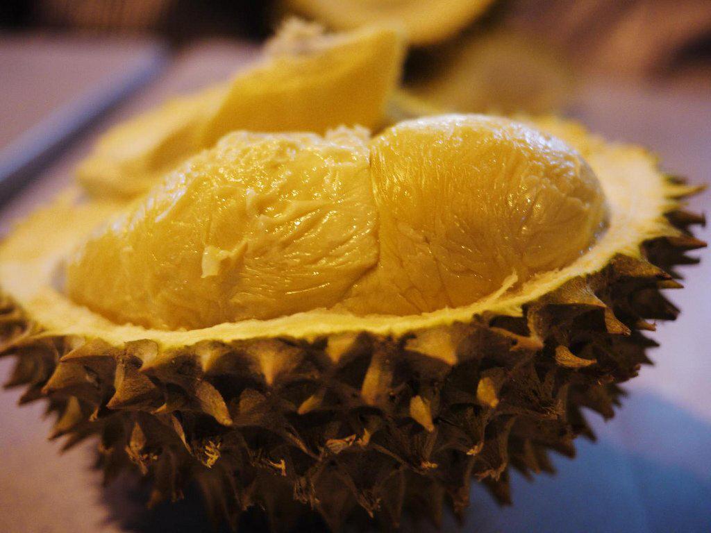 Дуриан: описание фрукта, его польза и вред