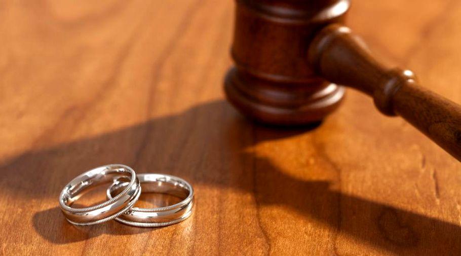 Фиктивный брак — википедия. что такое фиктивный брак