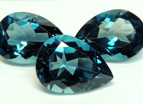Топаз (35 фото): свойства камня. какие виды и цвета минерала бывают? значение топаза для человека. как он выглядит?
