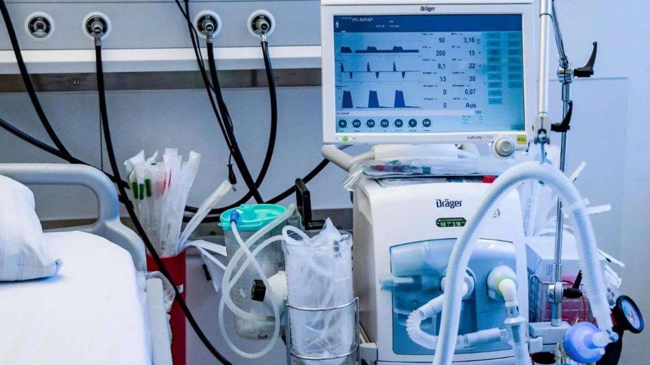 Почему всех не спасти: как лечат пациентов с covid-19 в реанимации