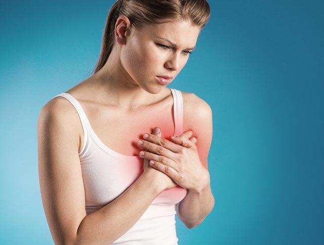 Мастит у кормящей матери: симптомы и лечение, в том числе в домашних условиях