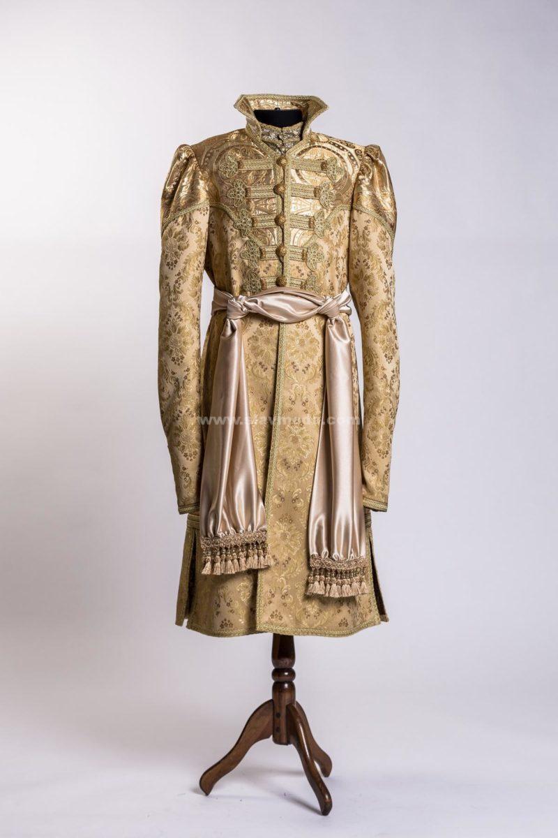 Русский кафтан: история и традиции