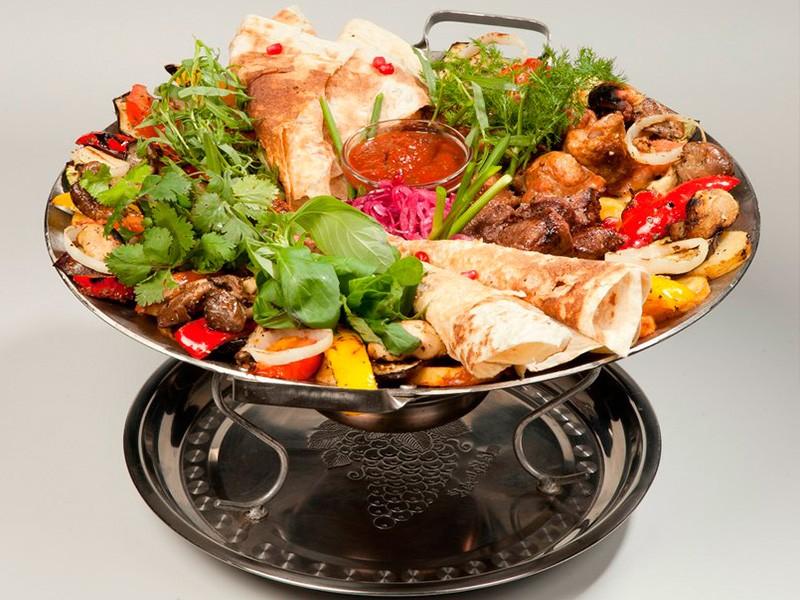 Садж - что это такое и как готовить с курицей, свиной или телятиной в домашних условиях