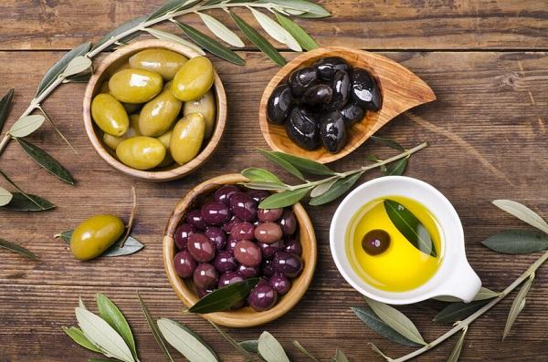 Оливки и маслины польза и вред как растут, чем отличаются