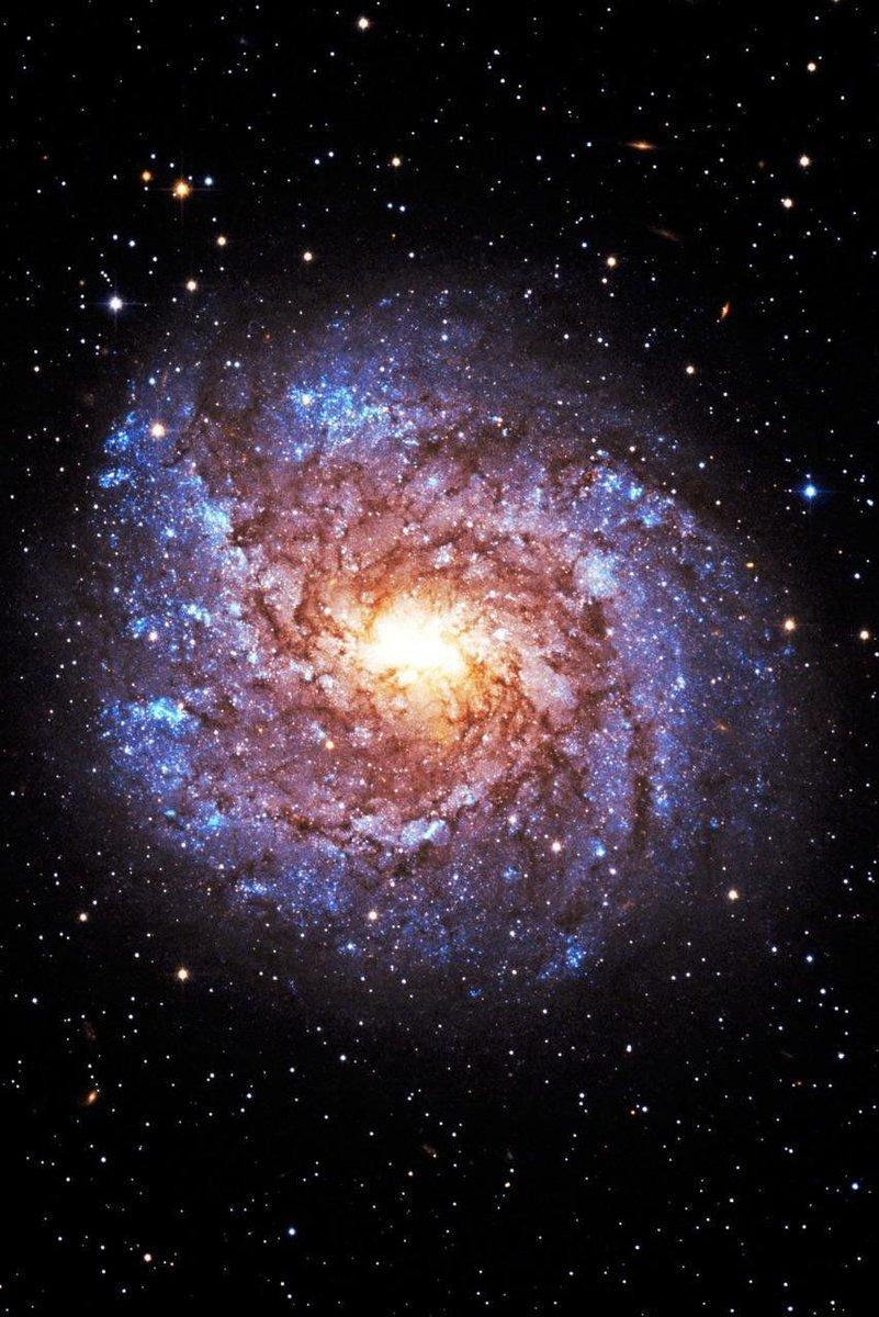 Что находится между галактиками? - hi-news.ru