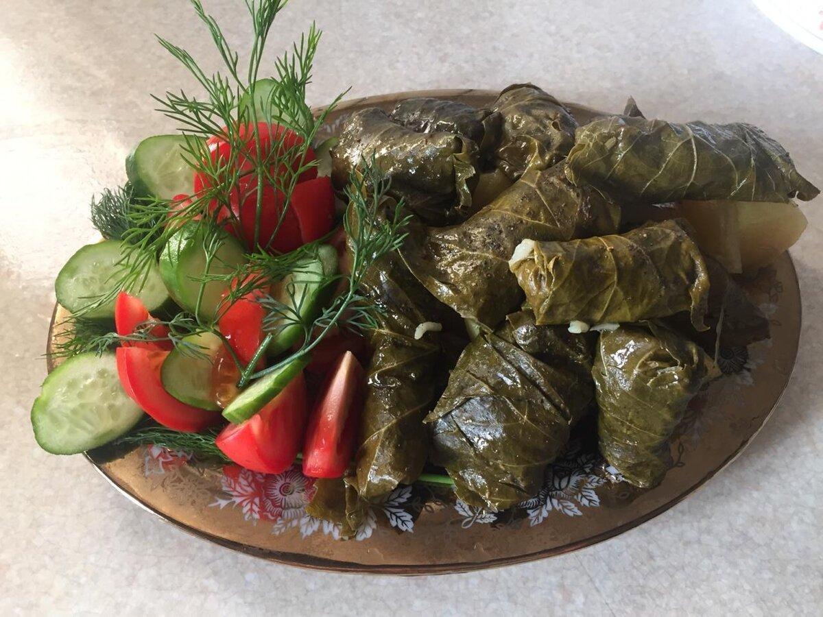 Долма: чье национальное блюдо, кто придумал, какого народа или страны, история происхождение, рецепты с виноградными листьями по-узбекски, по-грузински, а также фото