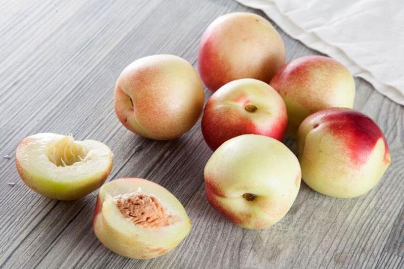 Нектарин — императорский фрукт