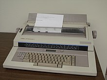 Текстовый процессор (электронное устройство) - word processor (electronic device) - qwe.wiki