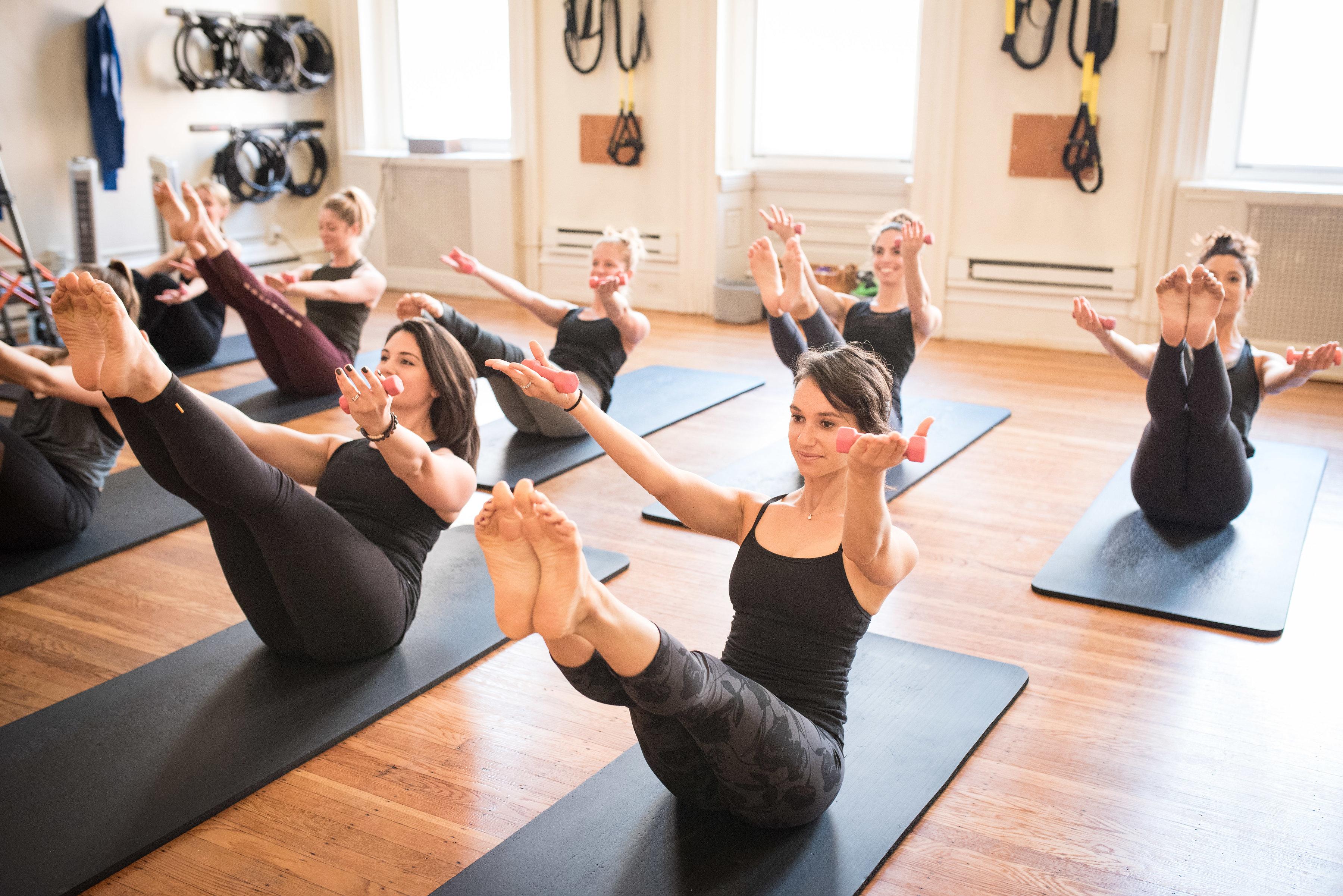 Стретчинг это что такое, stretch-тренировка, stretching растяжка в фитнесе