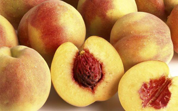 Нектарин: с чем скрестили персик, как вывели, получили