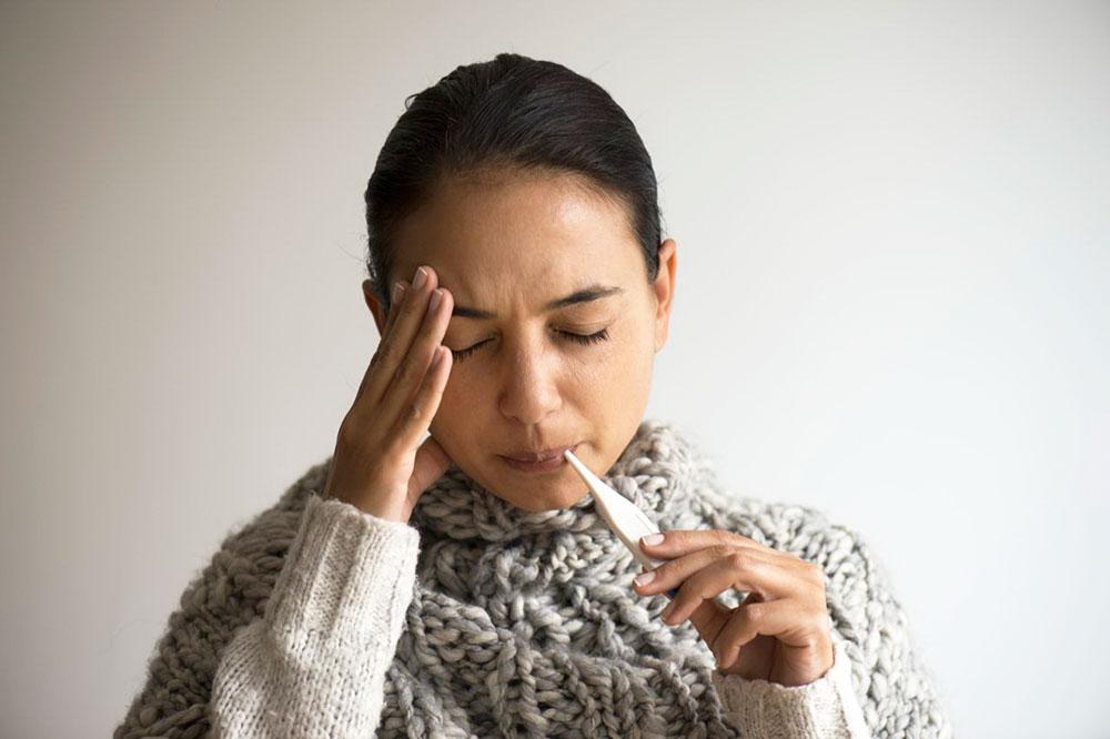 Лихорадка: понятие, виды, причины, симптоматика, стадии и течение, принципы лечения