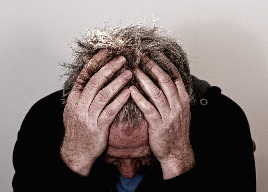 Нервные срывы: симптомы, последствия и как от них уберечься