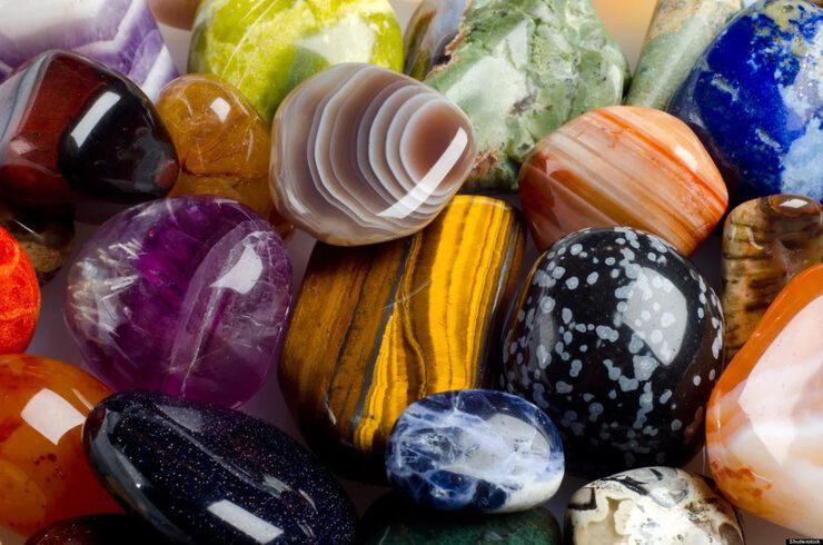 Иолит: описание камня с фото, физические свойства и значение для человека