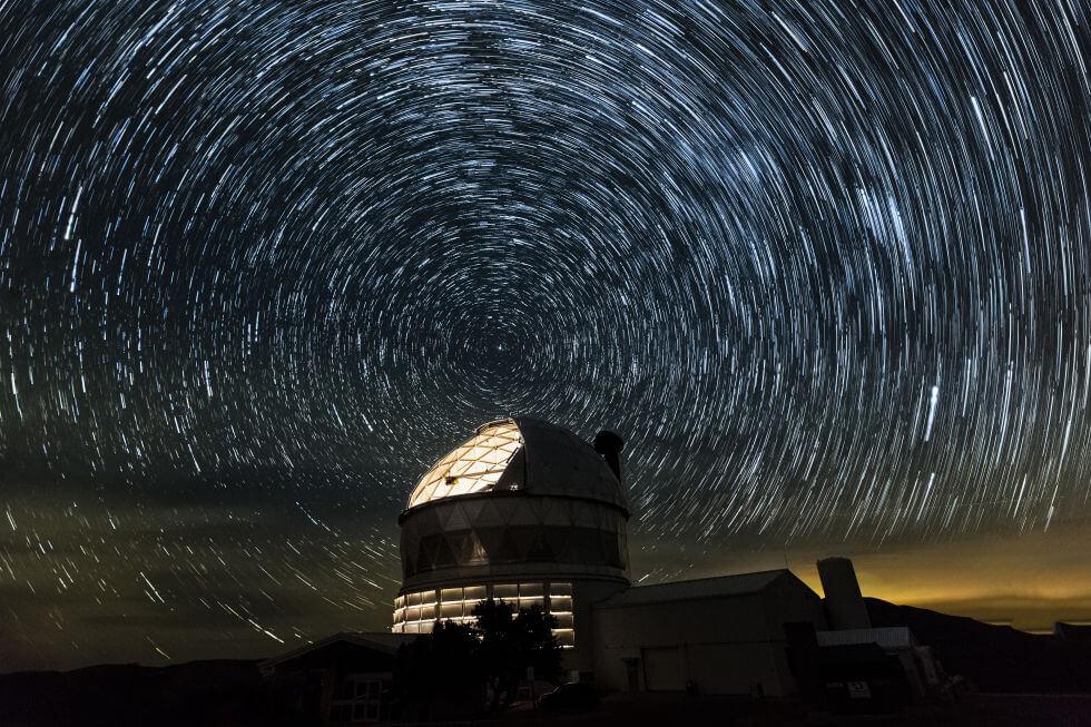 Темная материя и темная энергия во вселенной