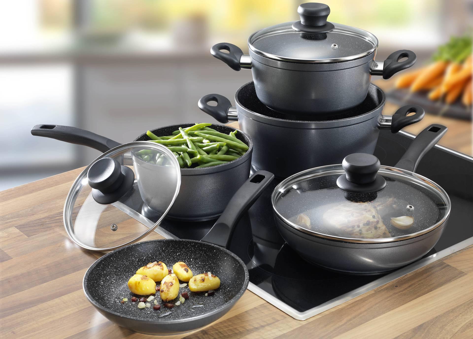Сотейник - что это такое, отличие от сковорода или кастрюли, что можно приготовить в посуде