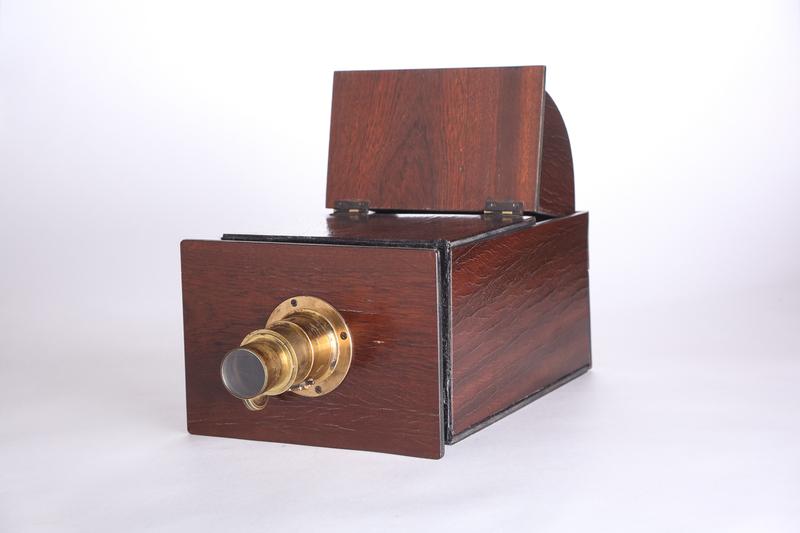 Камера-обскура и ее использование в живописи старых мастеров