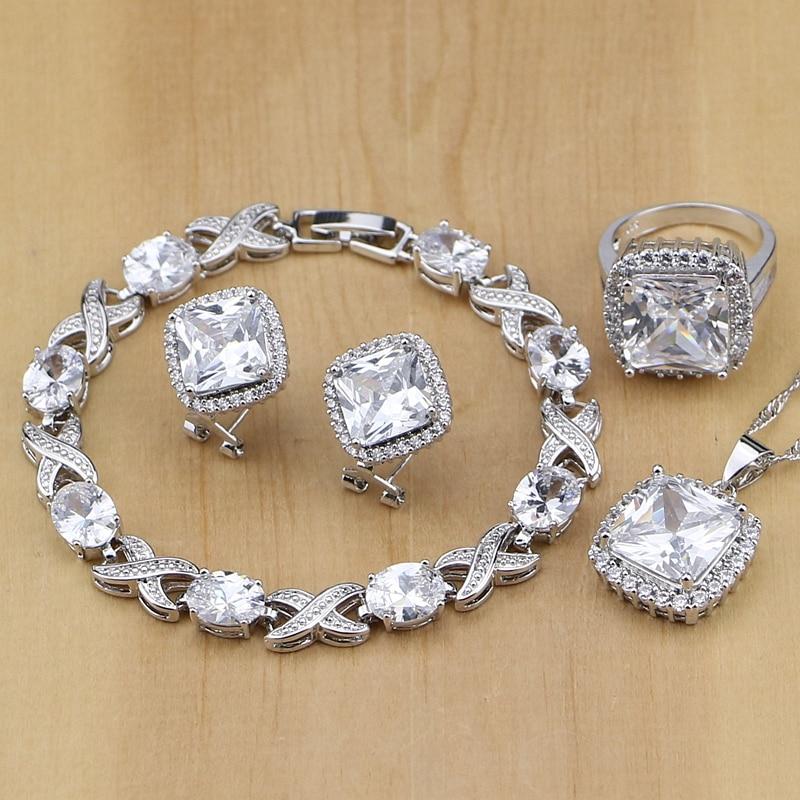 Стерлинговое серебро: что это значит и как правильно ухаживать за металлом