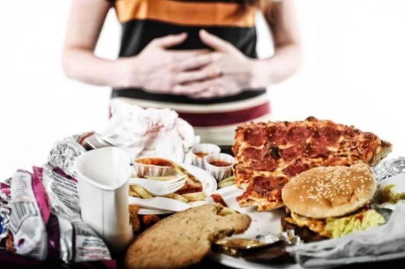 Компульсивное переедание – о том, как связана психика и обжорство