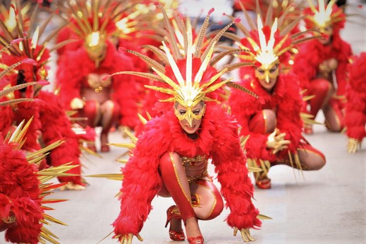 Валя карнавал (karna.val) - биография, личная жизнь, фото