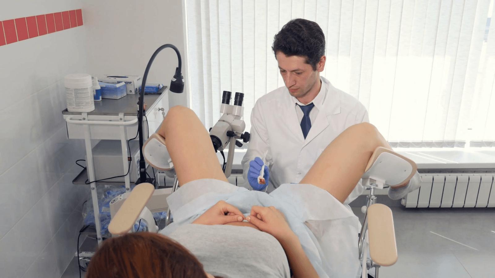 Кто такой гинеколог