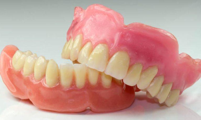Съемный протез на один зуб - какие лучше? виды, цена в 2020 году и отзывы