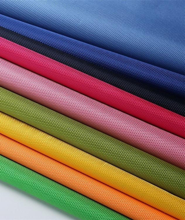 Все о практичной и универсальной ткани оксфорд