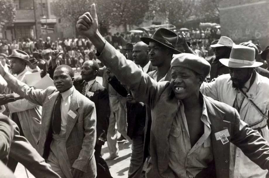 Что такое апартеид в истории?