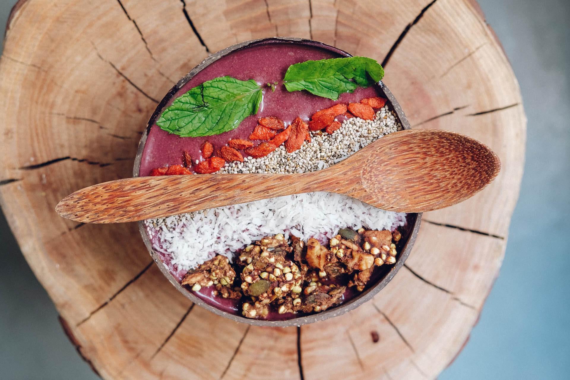 Гранола - что это такое, полезные свойства и как готовить в домашних условиях по рецептам с фото