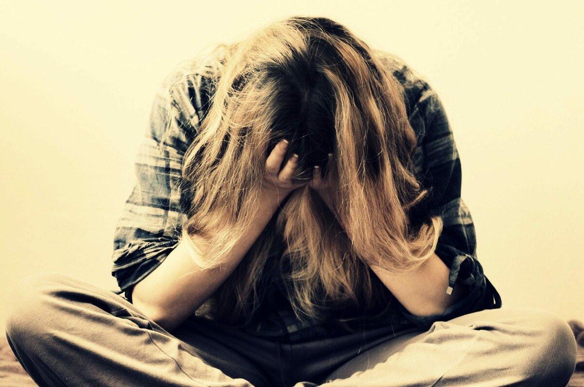 Нервный срыв: признаки, симптомы, последствия, лечение