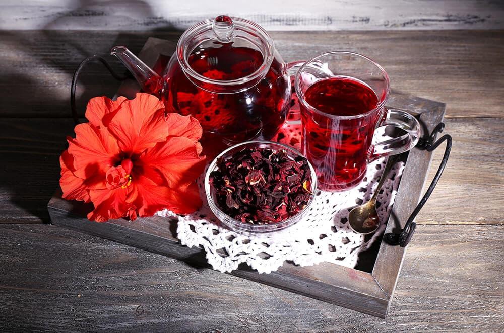 Чай каркаде: польза и вред для мужчин и женщин
