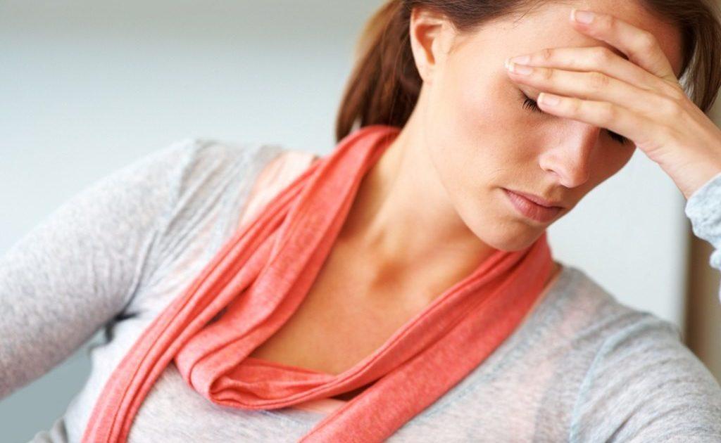 Симптомы гормонального сбоя у женщин: причины возникновения дисбаланса, последствия и лечение